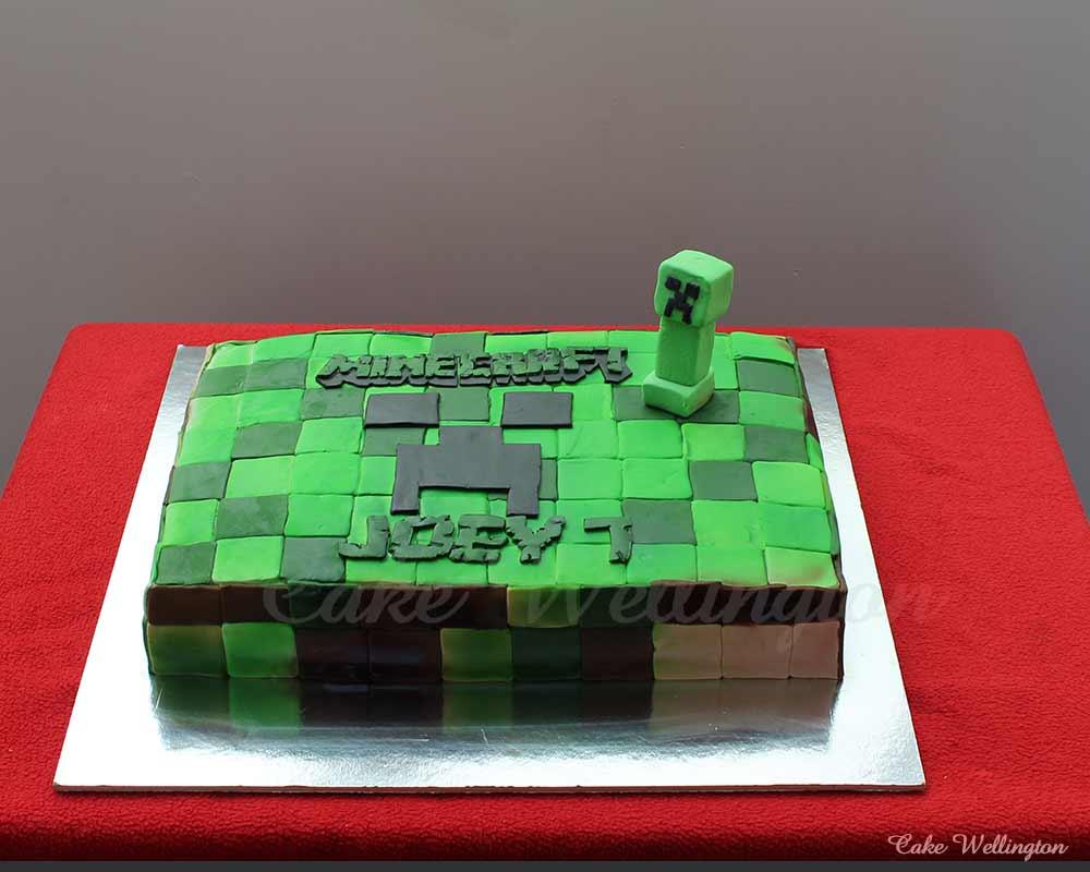 Awe Inspiring Minecraft Birthday Cake Birthday Cards Printable Giouspongecafe Filternl