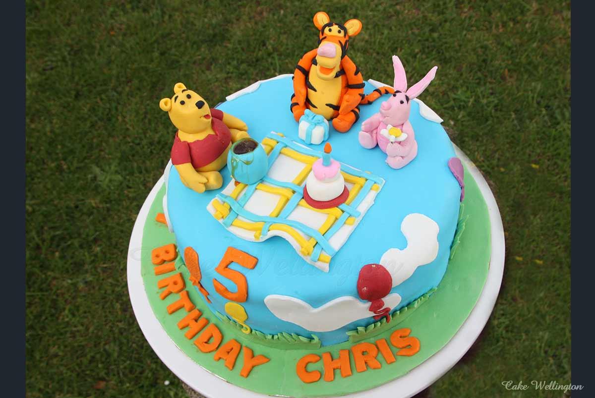 Swell Winnie The Pooh Birthday Cake Funny Birthday Cards Online Necthendildamsfinfo